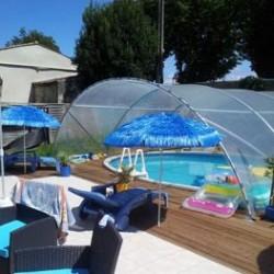 Découvrez nos abris piscine ou spa, qui protégeront des intempéries, des feuilles mortes et autres végétaux ou encore des poussières. Ainsi, le nettoyage sera facilité et la saison des baignades sera prolongée puisque l'abri piscine retiendra la chaleur pour profiter de la piscine en arrière saison ! Livrés en kits, nos abris piscine sont faciles à assembler.