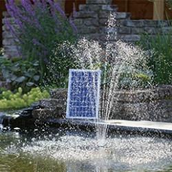 Nous vous proposons toute une gamme d'accessoires indispensables pour la vie du bassin de jardin: l'eau pour rester claire doit être oxygénée avec des pompes à fontaine avec jet d'eau et des filtres pour éliminer les impuretés. La bâche bassin PVC, très facile à poser, offre le meilleur rapport qualité prix. Elle a l'avantage d'être souple ce qui permet de la fixer très facilement. Le feutre géotextile 250g/m² est solide et indispensable à la réalisation de votre bassin de jardin, utilisez-le sous la bâche afin de protéger celle-ci des pierres et racines pointures.